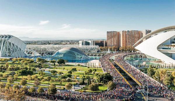 Так старт выглядит сверху (фото с официального сайта марафона)