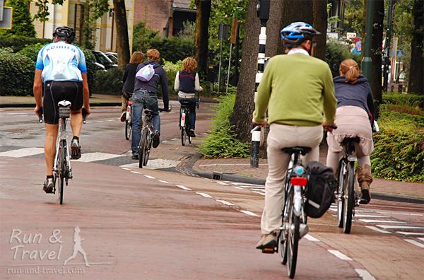 Типичный велодвижняк в небольшом городке