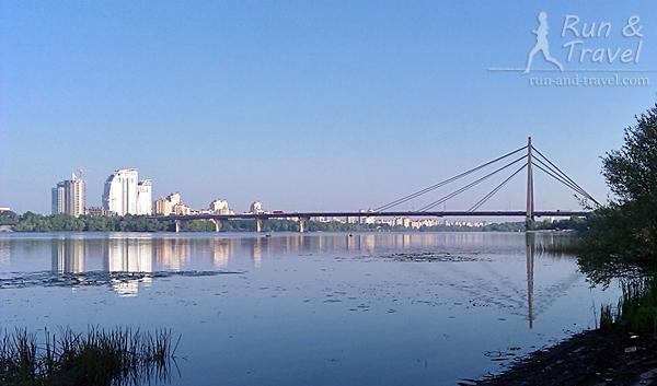Вид с острова на Московский мост
