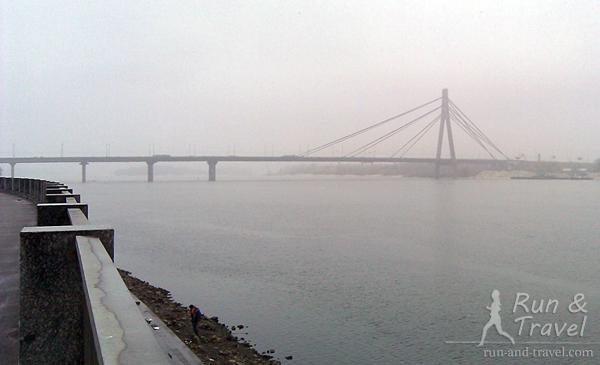 Туманный Московский мост с Набережно-Рыбальской