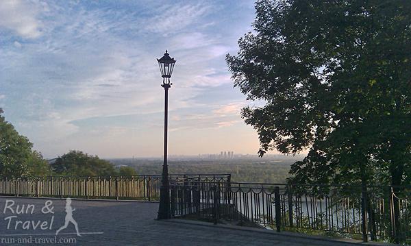 Смотровая площадка возле памятника Владимиру