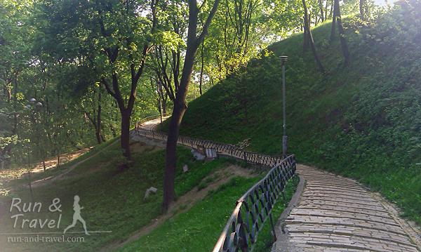 В конце 19 века Владимирская горка была единственным бесплатным парком Киева