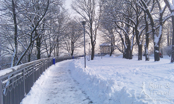 Завалило снегом