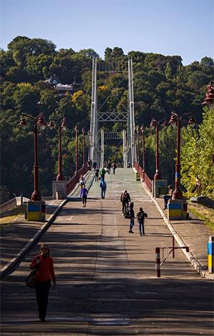 Тот самый мост, который прочувствовали все участники полумарафона. Фото: Е. Лерова