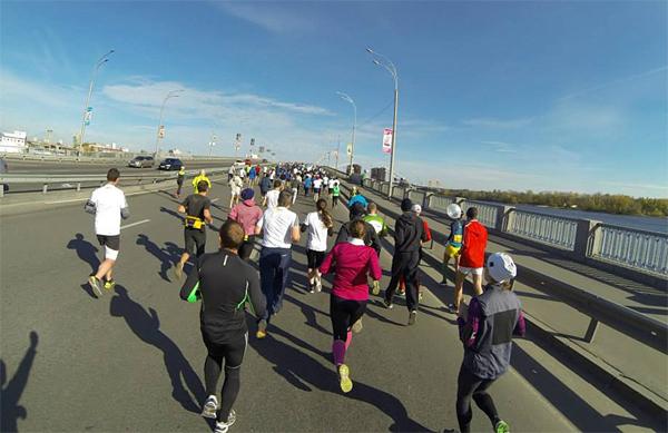 Подъем на мост на Набережно-Рыбальской. Фото из интернета