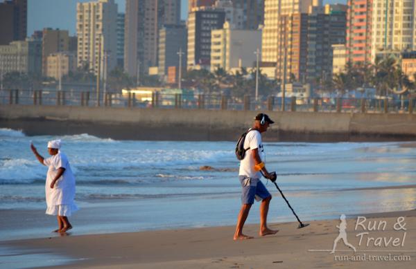 Утренние занятия на пляже в Дурбане