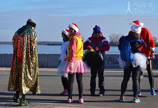 У девушек в этом сезоне популярны юбки-пачки