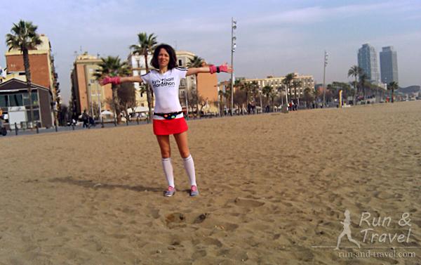 Песок завезен из Марокко, каждое утро чистится