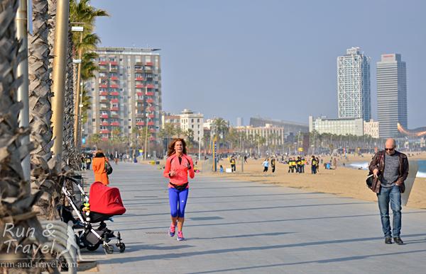 Барселонета, видно высотки Олимпийского порта