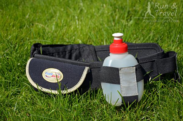 Пояс Fuel Belt, рассчитанный на 4 бутылки