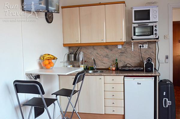 Кухонная зона студио