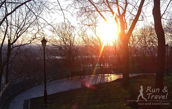 Рассветы и утренние беговые экскурсии по городу