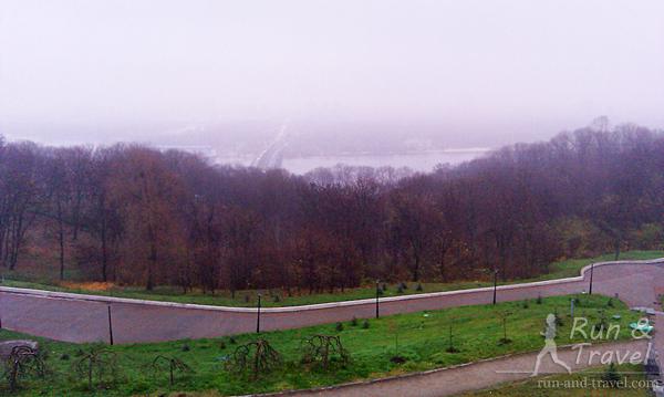 Серьезный ноябрьский туман