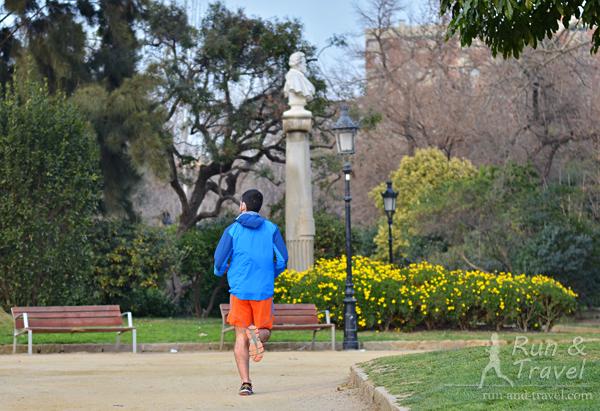 Легкий бег: ориентируемся на расчетный темп, пульс и ощущения