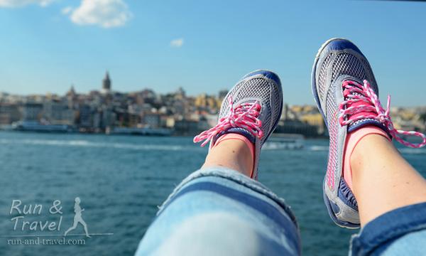 Стыковка в Стамбуле, плывем из Европы в Азию
