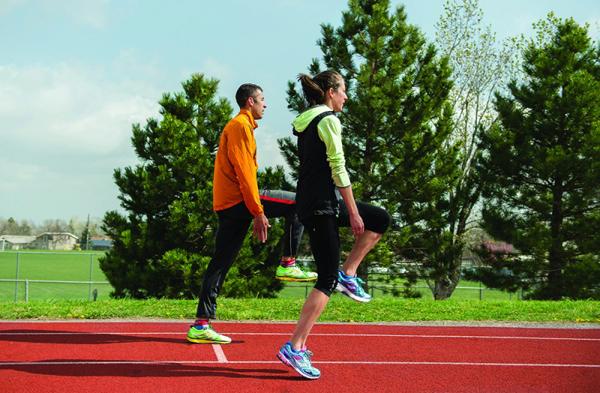 Специальные беговые упражнения (СБУ). Фото: Liz Copan