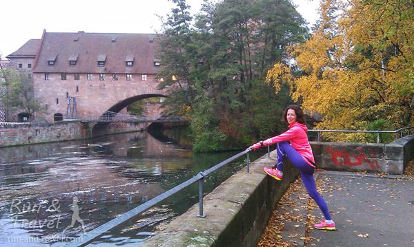 Доброе утро. Река с мелодичным названием Пегниц, которая делит старый город на две части