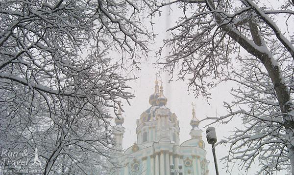 Зима в парке на Владимирской горке
