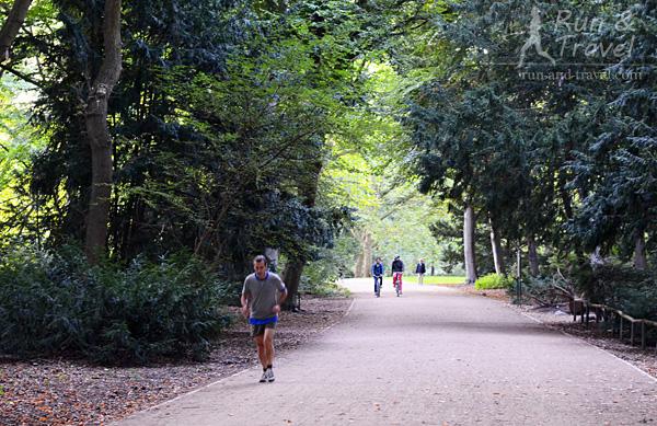 Тиргартен – самый старый и большой парк в центре Берлина, площадью 210 га