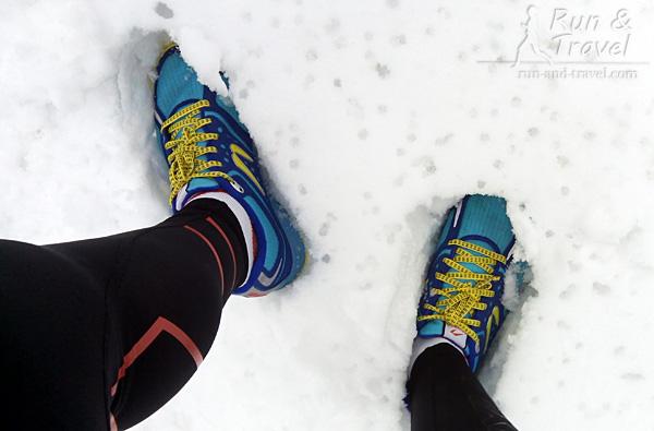 Час бега по снегу в лесу при 0 градусов – носки немного влажные