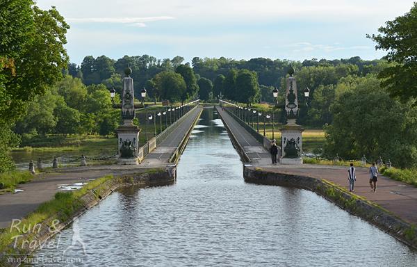 Мост и канал – два в одном